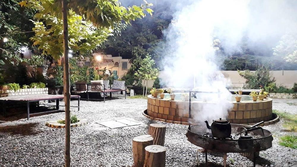 باغ رستوران هزار یک شب