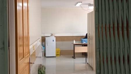 مرکز واکسیناسیون بیمارستان امام سجاد